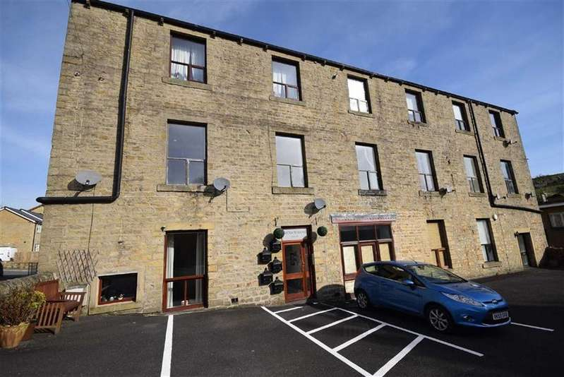 2 Bedrooms Flat for sale in Becks Crossing, Trawden, Lancashire