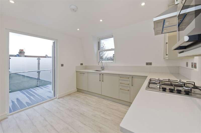 2 Bedrooms Duplex Flat for sale in Collingbourne Road, Shepherd's Bush