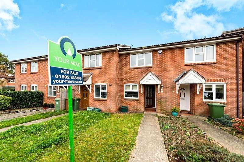 2 Bedrooms Property for sale in St. Andrews Close, Paddock Wood, Tonbridge, TN12