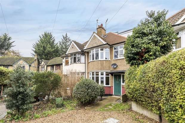 3 Bedrooms Semi Detached House for sale in Sidmouth Avenue, Isleworth, Middlesex