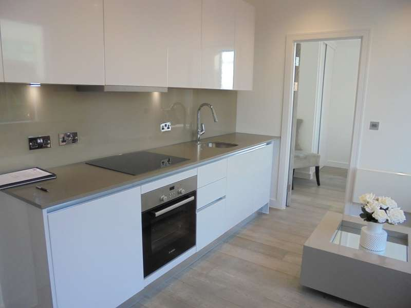 1 Bedroom Apartment Flat for sale in Bath Road