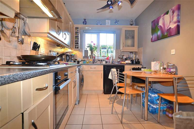 3 Bedrooms Terraced House for sale in Willowbay Close, Barnet, Hertfordshire, EN5