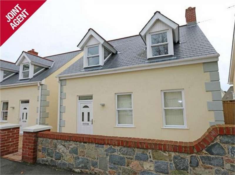 3 Bedrooms Detached House for sale in House 1, Clos Sabllounnaeux, Sandy Hook, L'Islet, St Sampson's