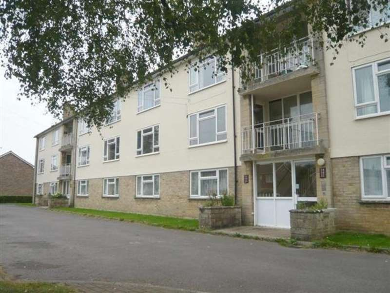 2 Bedrooms Flat for sale in Dicketts Road, Corsham
