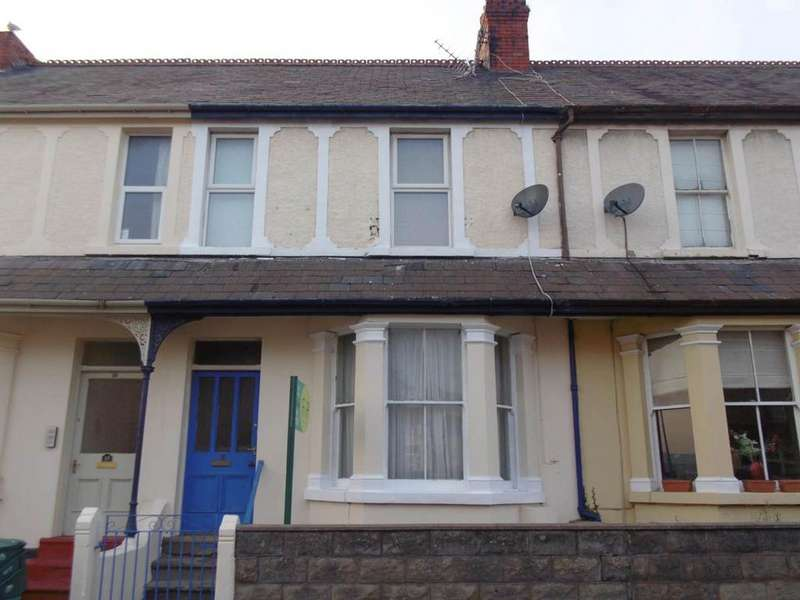 4 Bedrooms Terraced House for sale in 16 Queens Road, Llandudno Junction, LL31 9AA