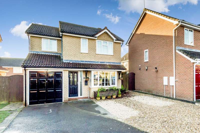 4 Bedrooms Detached House for sale in Viking Close, Swaffham