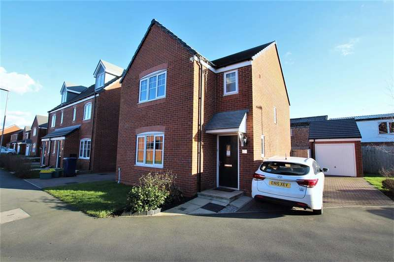 3 Bedrooms Detached House for sale in Walnutwood Avenue, Bamber Bridge, Preston