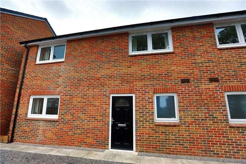 3 Bedrooms Semi Detached House for rent in Ashcroft Mews, Princess Road, Seaham, SR7