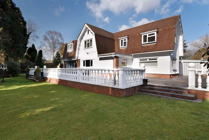 4 Bedrooms Detached House for sale in Old St Mellons, Cardiff