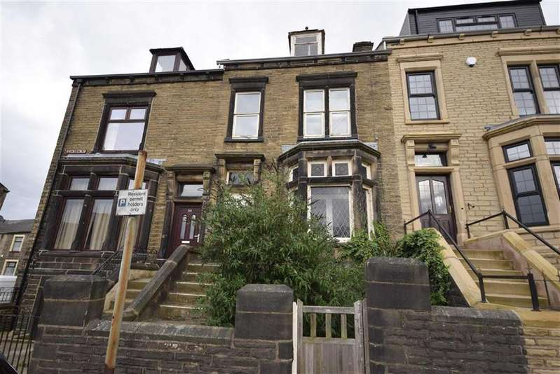 4 Bedrooms Terraced House for sale in Linden Road, Colne, Lancashire