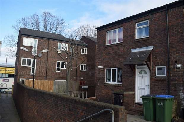 1 Bedroom Flat for sale in Barney Close, London