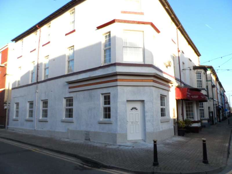 2 Bedrooms Flat for sale in Dale Street, Blackpool, FY1 5BX