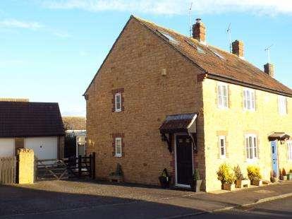 3 Bedrooms End Of Terrace House for sale in Burton Bradstock, Bridport, Dorset