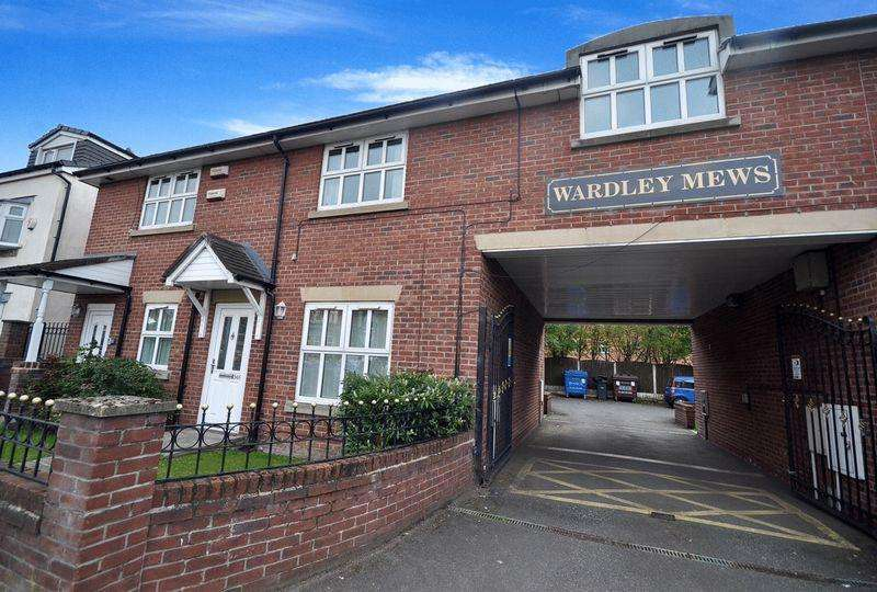 3 Bedrooms Apartment Flat for sale in Manchester Road, Swinton, Manchester