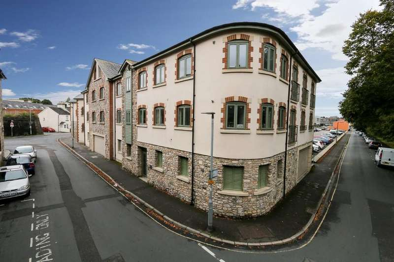 3 Bedrooms Apartment Flat for sale in Merchants Corner, Newton Abbot