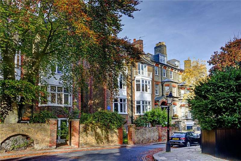 9 Bedrooms Detached House for sale in Cannon Place, Hampstead, London, NW3