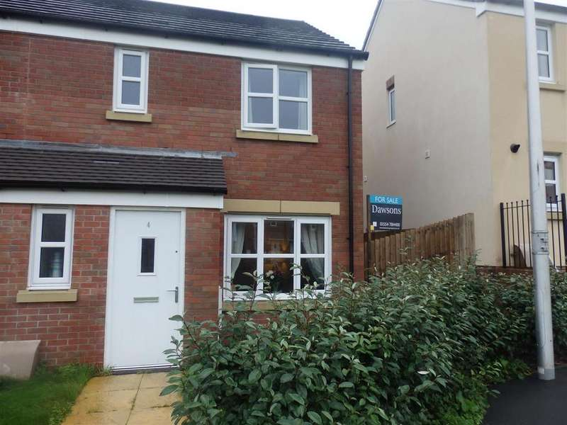 3 Bedrooms Semi Detached House for sale in Ty Canol, Carway, Kidwelly