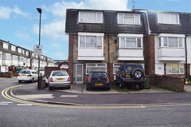 4 Bedrooms End Of Terrace House for sale in Colman Road, London