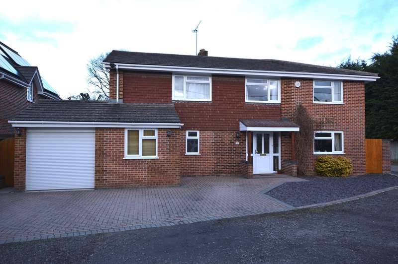 6 Bedrooms Detached House for sale in St John's Road, Mortimer Common, Reading, RG7
