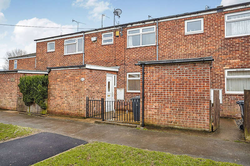 3 Bedrooms Terraced House for sale in Ripley Close, HULL, HU6