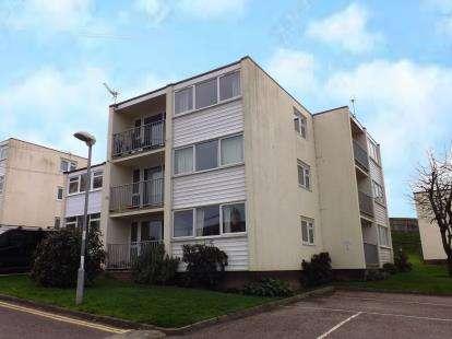 2 Bedrooms Flat for sale in Warren Road, Dawlish Warren, Devon