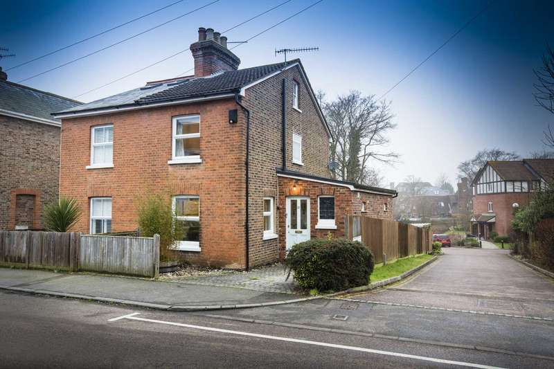 3 Bedrooms Semi Detached House for sale in Springfield Road, Southborough