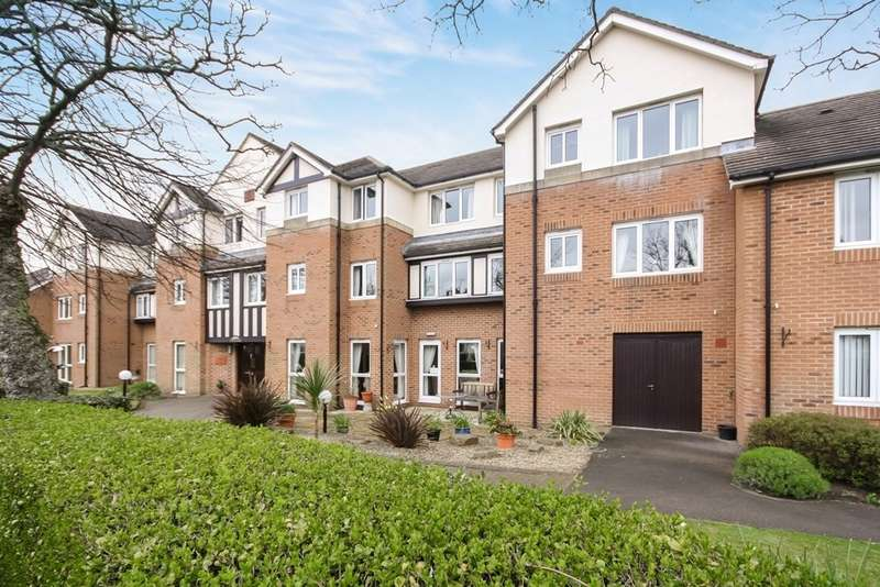 1 Bedroom Property for sale in Stirling Court, St Clair Drive, Churchtown