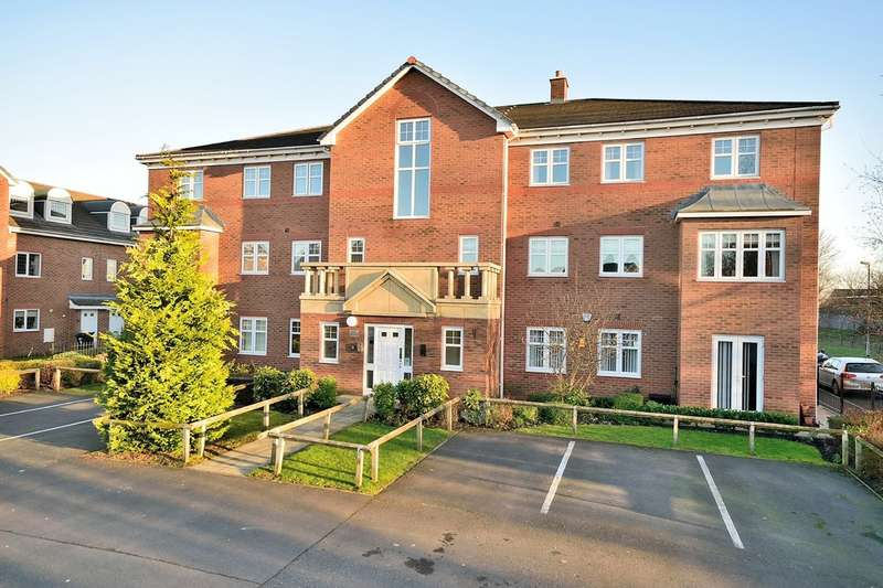 2 Bedrooms Flat for sale in Berkeley Close, Regency Park, Warrington