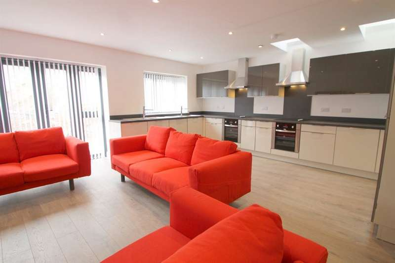 9 Bedrooms House for rent in Cyprian House , Monthermer Rd, Cathays ( 9 Beds )
