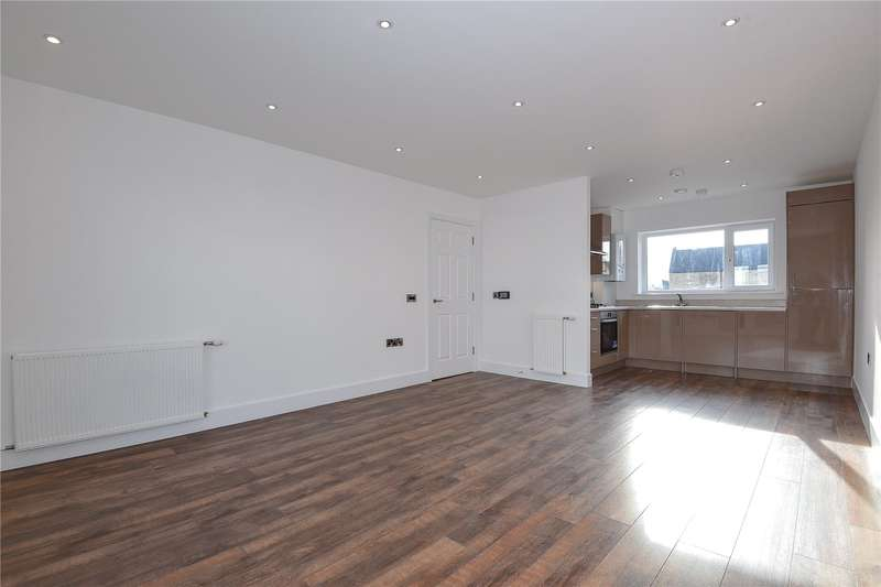 2 Bedrooms Apartment Flat for sale in Bluebell Court, Tranquil Lane, Harrow, Middlesex, HA2