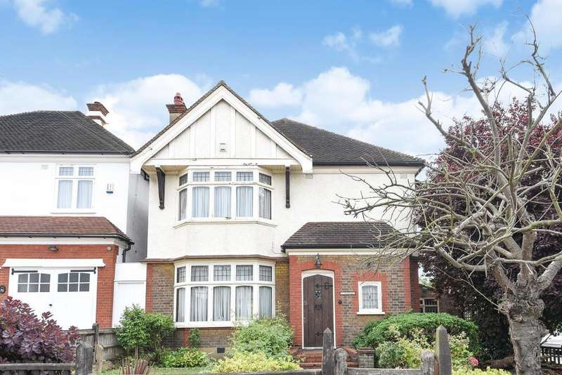 5 Bedrooms Detached House for sale in Woodfield Avenue, Streatham
