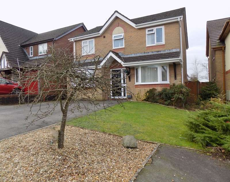4 Bedrooms Detached House for sale in Hunters Ridge, Tonna, Neath, Neath Port Talbot. SA11 3FE