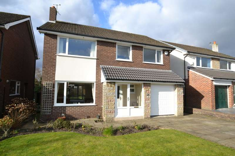 4 Bedrooms Detached House for sale in Vaudrey Drive, Cheadle Hulme