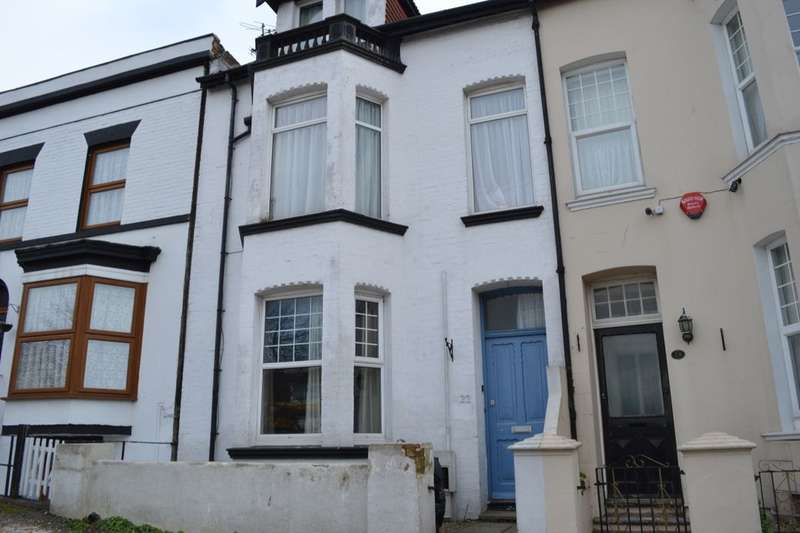 2 Bedrooms Flat for sale in Vicarage Crescent Ramsgate Road, Margate, CT9