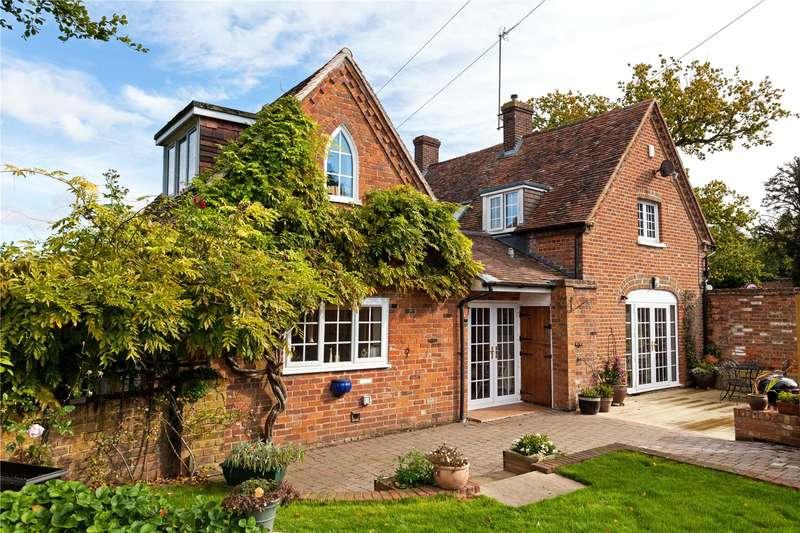 3 Bedrooms Semi Detached House for sale in The Street, Aldermaston, Reading, Berkshire, RG7