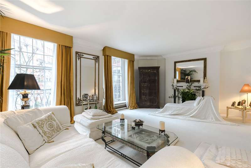 3 Bedrooms Flat for sale in Fitzjames Avenue, Kensington, London, W14