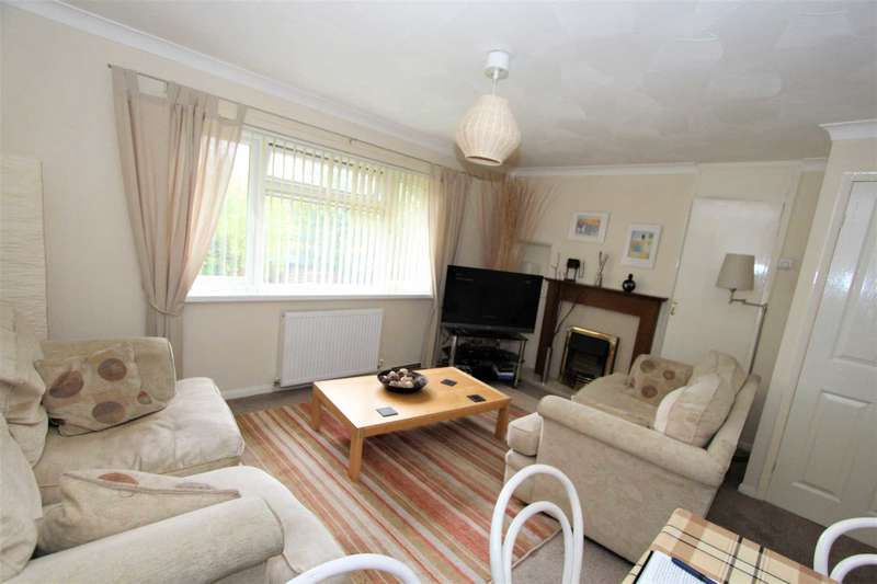 2 Bedrooms Apartment Flat for sale in Woodlands View, Spen Lane, Gomersal