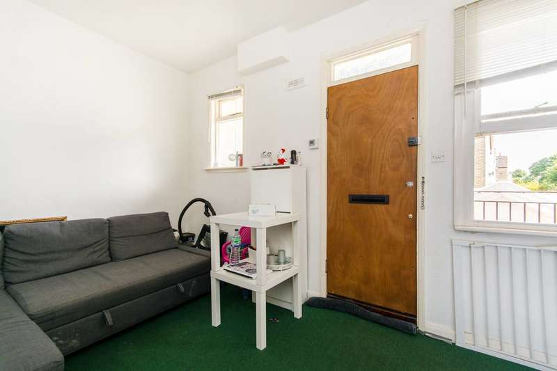 1 Bedroom Flat for sale in London Road, West Croydon, CR0