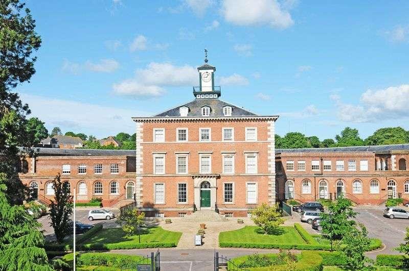 2 Bedrooms Property for sale in Devington Park Exminster, Exeter