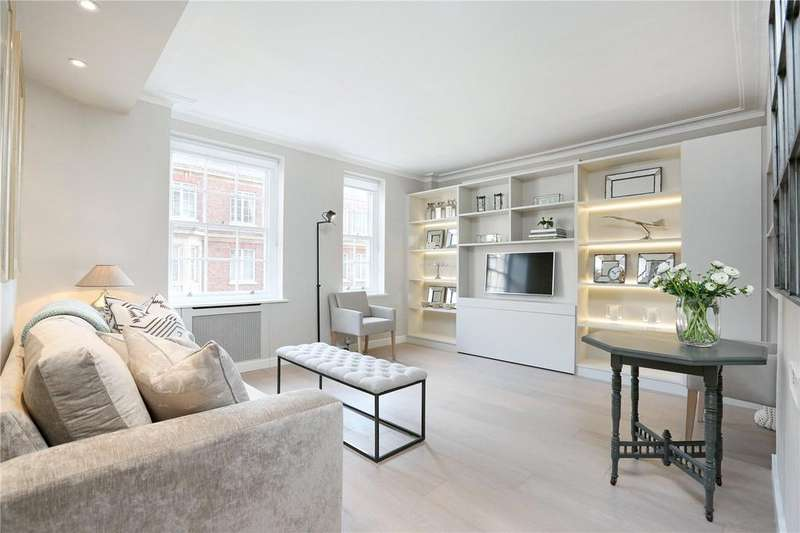 Studio Flat for sale in Goodwood Court, 54-57 Devonshire Street, Marylebone, London, W1W