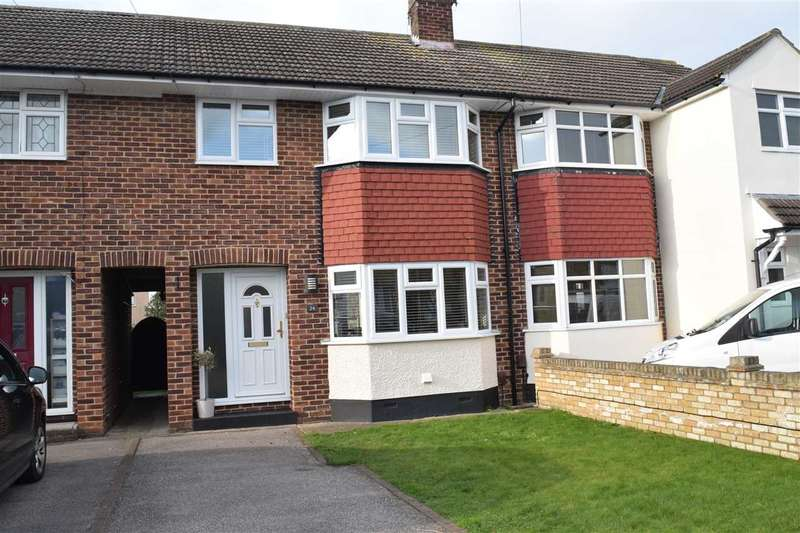 3 Bedrooms House for sale in Cypress Drive, Chelmsford