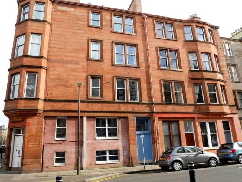 4 Bedrooms Flat for rent in Montpelier Park, Edinburgh,