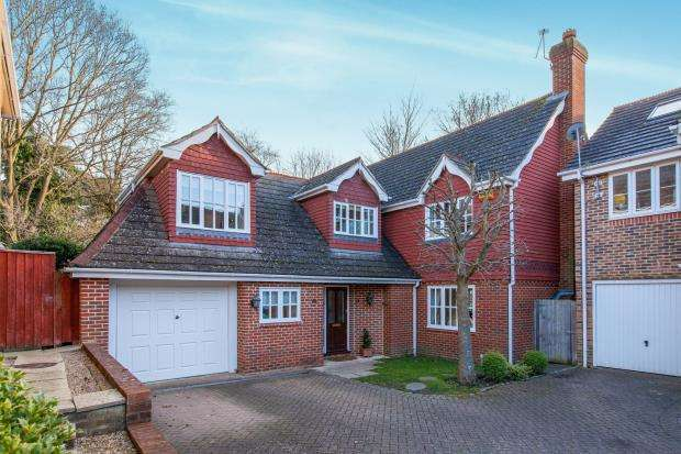 4 Bedrooms Detached House for sale in Ascot, Berkshire, United Kingdom