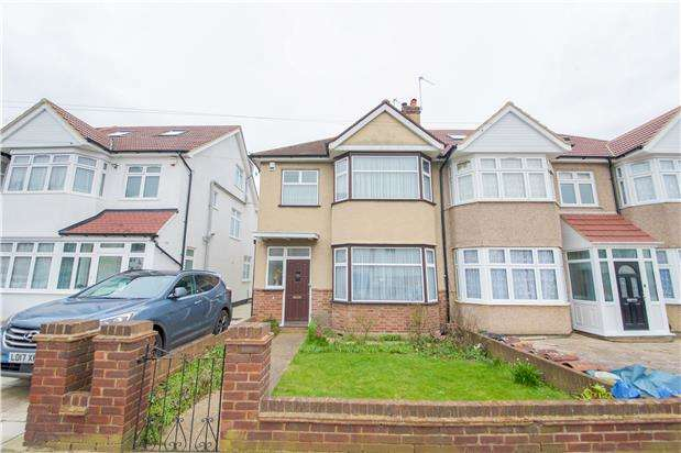 3 Bedrooms Semi Detached House for sale in North Way, KINGSBURY, NW9 0RE