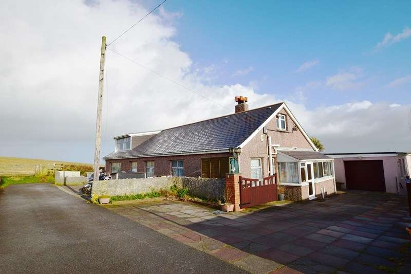 8 Bedrooms Bungalow for sale in Gwythian Way, Perranporth