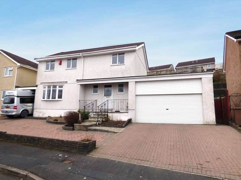 4 Bedrooms Detached House for sale in Kenmare Drive, Plympton