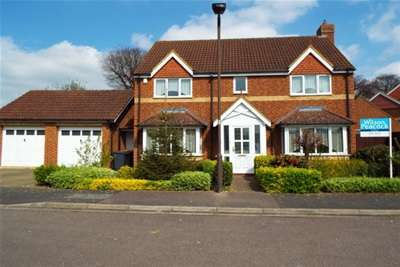 4 Bedrooms Detached House for rent in Biddenham, MK40