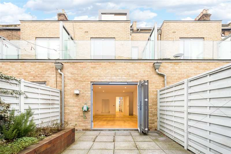 5 Bedrooms Terraced House for sale in Gillespie Road, London, N5
