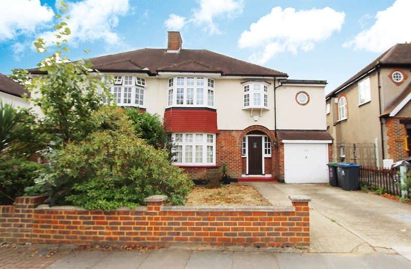 4 Bedrooms Semi Detached House for rent in Highdown, Worcester Park