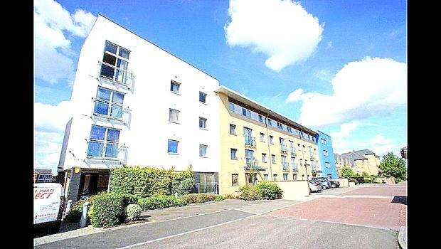 2 Bedrooms Block Of Apartments Flat for rent in Watersmeath, St Marys Island, Chatham ME4